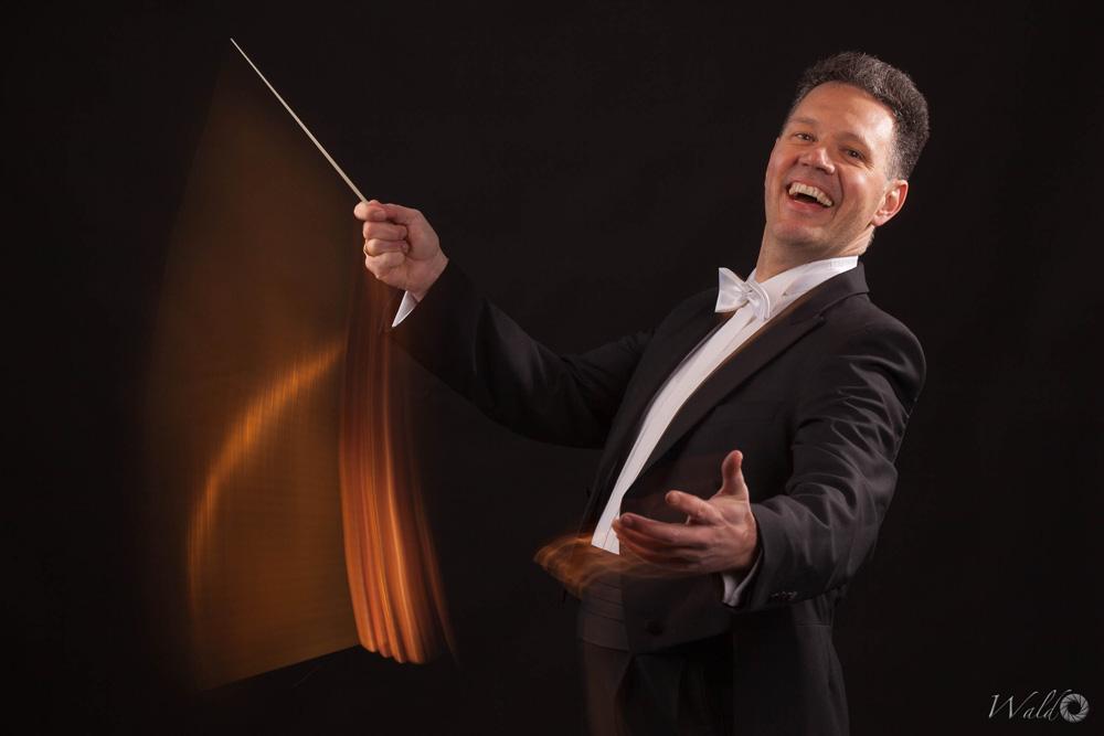 Michael Rein - Dirigent des Euregio Orchesters in der deutsch-niederländischen Grenzregion